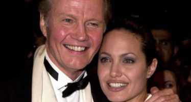 Jetss goes one on one with the acting legend Jon Voight
