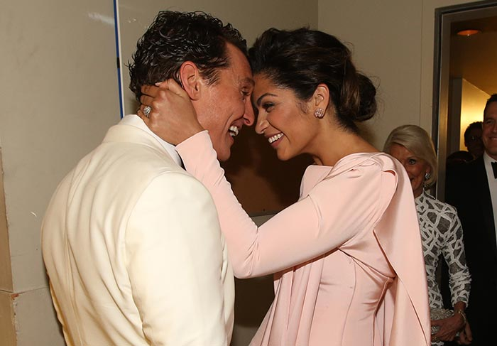 Matthew McConaughey grateful wife, Camila Alves mining for Oscar. (PHOTO: REUTERS)