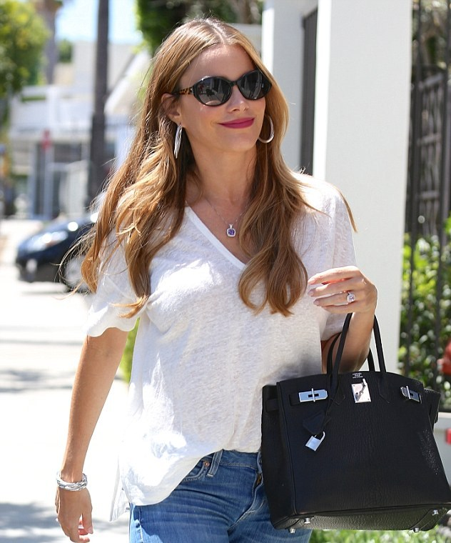 Vergara in LA showing off that engagement ring (Photo: PacificCoastNews)