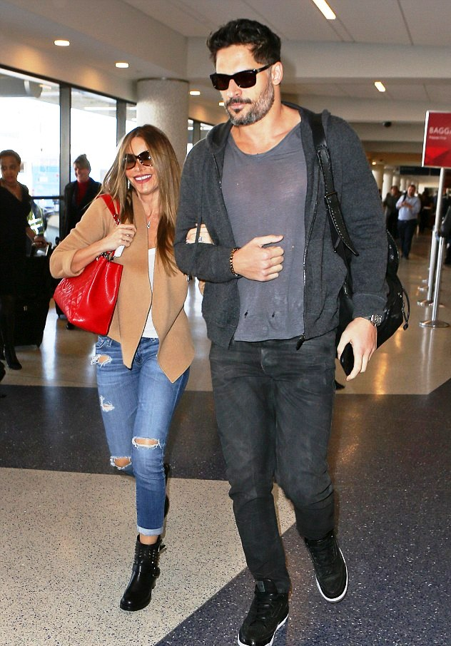 The sexy couple dashing thru LAX today (Photo: Juliano)
