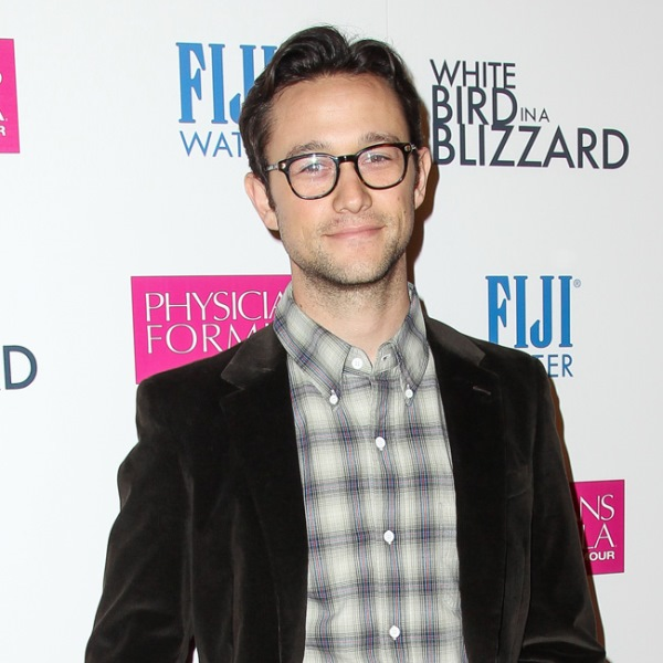 Joseph Gordon-Levitt isn't backing down on his Snowden defense (Photo: BangShowBiz)