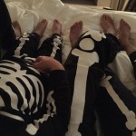 """Halloween happiness amidst the recent sadness """"Skeleton cuddles."""" (Photo: Twitter)"""