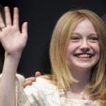 Adorable Dakota Fanning sharing her struggles of crooked teeth with Oprah (Photo: Fanshare)