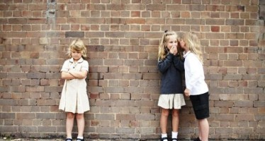 Richard & Holly Branson support Aussie filmmaker's quest to stop bullying