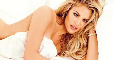 10 very personal quotes from Khloé's new memoir