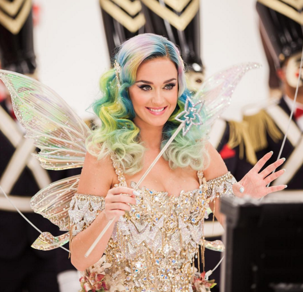 1. Katy Perry ($135 million) - Every time Katy Perry roars through town, she banks $2 million. That puts her third behind only boxers Floyd Mayweather and Manny Pacquiao on the list of the highest-earning celebrities in 2015. She has to sweat a little more for her dollar than those two did this year, though. (Photo: Instagram, @katyperry)