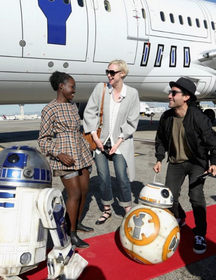 """""""Among its many wonderful qualities, STAR WARS: THE FORCE AWAKENS passes the Bechdel test,"""" Rebecca Keegan of the Los Angeles Times tweeted. (Photo: Hugogloss/Instagram)"""