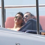 Harry and Kendall kept close contact as they enjoyed their yacht day (Photo: Golfphoto)