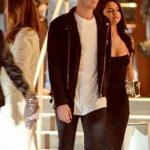 Selena Gomez was seen holding hands with Samuel Krost after a romantic night out in Beverly Hills. (Photo: Instagram, @ingomezarmy)