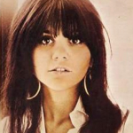 10 Grammy Award wins – Linda Ronstadt (Photo: Instagram, @melanymeow)