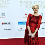 Mirren has been a constant presence on the red carpet during the 2016 awards route and was nominated for a SAG Award. (Photo: Instagram, @lalasfairyland1225)