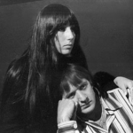 Cher married 29-year-old Sonny Bono in 1964 when she was 18. (Photo: Instagram, @mojiteria.enamorados)