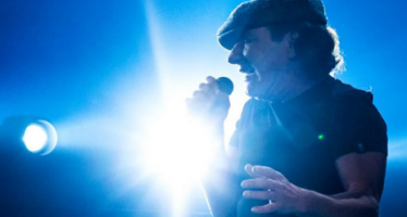 AC/DC singer feels band 'kicked him to the curb'