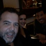 Lionel Richie enjoys dinner at the Fasano Hotel in São Paulo joined by Camila Alves and Antonio Camarotti. (Photo: JETSS)