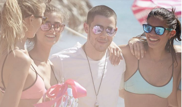 He said he ditched the ring when he fell in love and started making his own choices. (Photo: Instagram, @nickjonas)