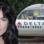 Selma Blair had to be taken off a flight in a stretcher after she had a bizarre mid-flight outburst on Monday. (Photo: Instagram, @itsalimcnally)