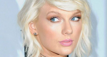 20 biggest-selling music artists ever!