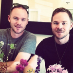 Aaron and Shawn Ashmore. (Photo: Instagram, @angwalker40)