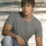 Matt Lanter got his start on Manhunt: The Search for America's Most Gorgeous Male Model. (Photo: Archive)