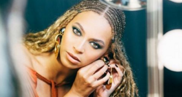 Beyoncé to cops: Stop killing us!