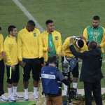 Neymar receives his gold medal after clinching the victory for the South Americans. (Photo: AgNews)