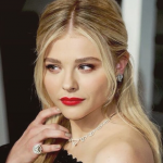 The 19-year-old said that she dealt with immense pressure to increase her chances of landing roles. (Photo: Instagram, @chloegracemoretz)