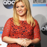 Kelly Clarkson's stepmother-in-law is... (Photo: Archive)
