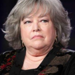 Kathy Bates survived both breast and ovarian cancer. (Photo: Archive)