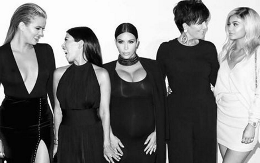 The Kardashian matriarch called Kim to let her have it. (Photo: Instagram, @krisjenner)