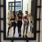 Khloé and Kourtney Kardashian have been working out and the results speak for themselves! (Photo: @kourtneykardash)