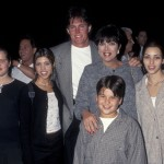 Khloé, Kourtney, Rob and Kim Kardashian with Bruce and Kris Jenner in 1995. (Photo: Archive)