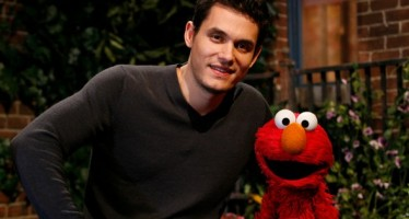 35 celebrities chilling with Elmo