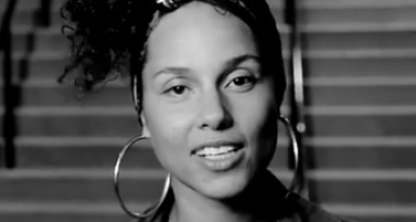 Alicia Keys has big news…from bed!
