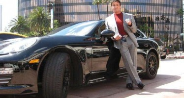 35 celebs who drive Porsches