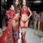 Joan Smalls and Kendall Jenner pose backstage during the Victoria's Secret Fashion Show on November 30, 2016 in Paris, France. (Photo: Victoria's Secret)