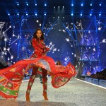 Joan Smalls walks the runway during the 2016 Victoria's Secret Fashion Show on November 30, 2016 in Paris, France. (Photo: Archive)