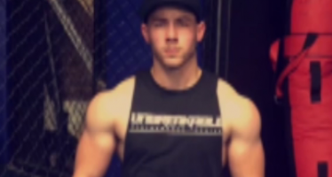 Watch Nick Jonas get super ripped!