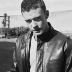 Young Justin Timberlake, wild leather and a certain motorbike off-camera. (Photo: Twitter/Reproduction)