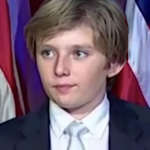 Best: Barron Trump, and his heartwarming indifference to political speeches. (Photo: Twitter/Reproduction)