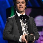 Billie Joe Armstrong proudly identifies as bi, and that's not a walking contradiction. (Photo: Twitter)