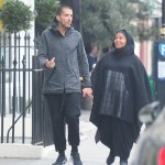 Jackson wearing a burka in photo with husband Wissam Al-Mana. (Photo: Daily Mail/Reproduction)