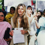 Jemima Goldsmith: In 1995, then 21-year-old daughter of billionaire Sir James converted to Islam to marry Imran Khan. The British socialite and journalist has divorced Khan since then, but remained Muslim. (Photo: Archive)