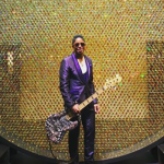 Jermaine Jackson: Just like his sister, Jermaine Jackson was born a Jehovah's Witness, but converted to Islam. Rumor has it that brother Michal Jackson secretly converted as well. (Photo: Archive)