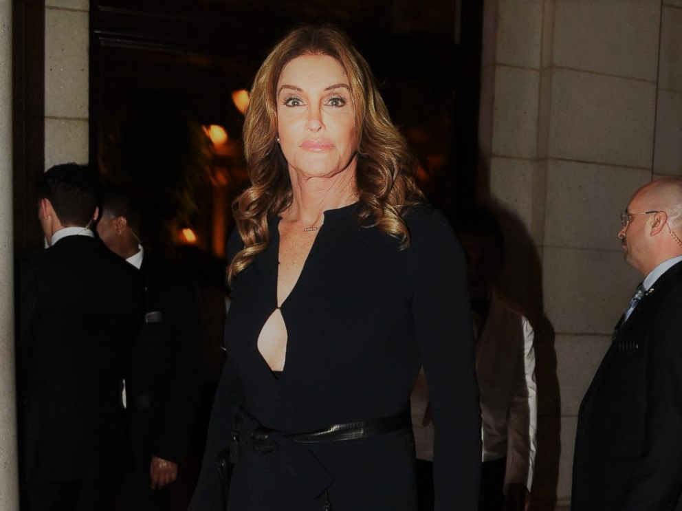 Caitlyn Jenner at the Inaugural Ball in D.C. (Photo: Twitter/Reproduction)