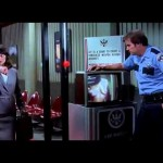 "The TSA was predicted by ""Airplane 2: The Sequel"" (Photo: Youtube/Reproduction)"