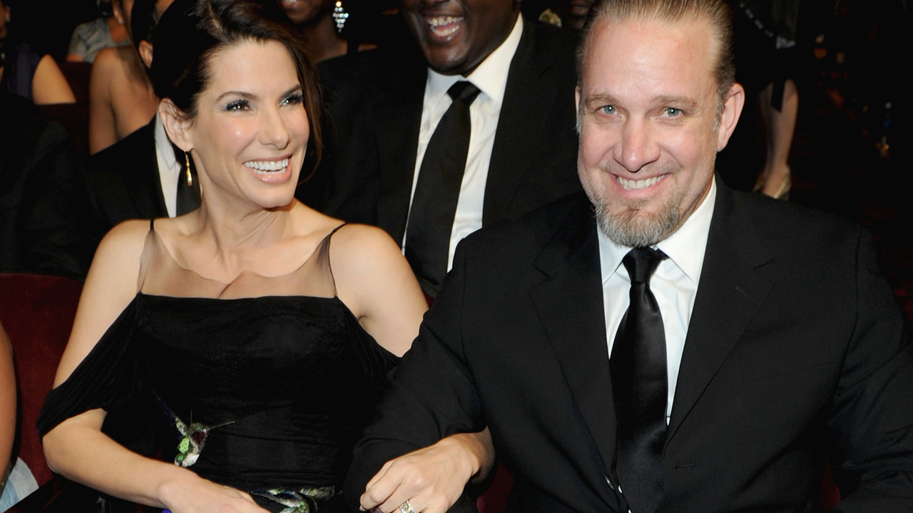 Sandra Bullock with ex-husband Jesse James. (Photo: Twitter/Reproduction)