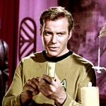 "The ""mobile phones"" of the Star Trek universe. (Photo: Youtube/Reproduction)"