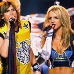 #7 - Aerosmith with a young Britney Spears in 2001. (Photo: Twitter)