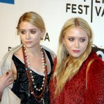 Ashley and Mary-Kate Olsen. (Photo: Wikimedia)