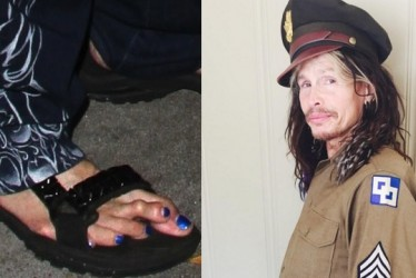 """""""Ooh"""" To """"Eww!"""" – 25 Good-Looking Celebrities With The Worst And Weirdest Feet"""